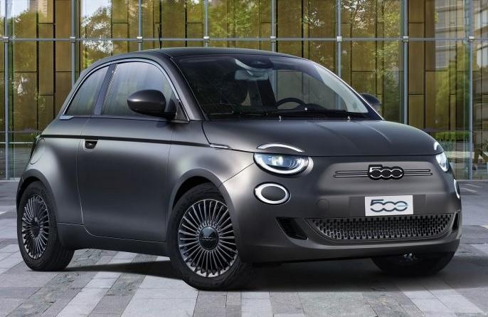 Fiat 500 получил награду Лучший дизайн 2020, Alfa Romeo Stelvio - самый красивый большой внедорожник